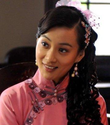 徐翠翠此前还出演过奋斗这部作品,但是在里面的戏份并不多