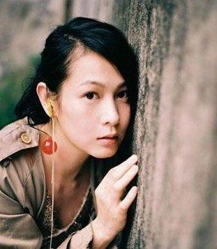除了唱歌刘若英在很多电影中也有出色的演出,深受粉丝喜爱,以上