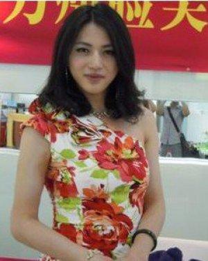 反串演员邹开云是男的还是女的 邹开云个人资料及近况和图片