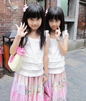 台湾超人气双胞胎姐妹个人资料及近况和图片家庭背景曝光