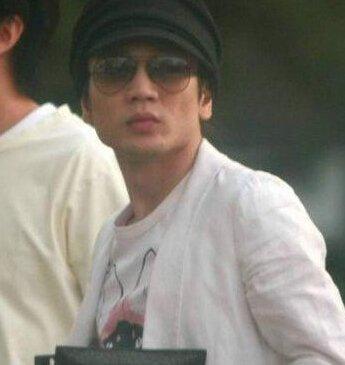 京城四少王烁则是富商王志才的儿子