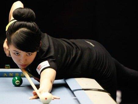 潘晓婷从1997年的时候开始练台球,之后便与台球结下了不解的缘分,1998