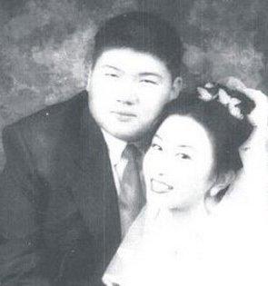 毛新宇前妻郝明莉个人资料及近况和图片