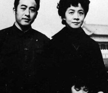 庄则栋前妻鲍蕙荞个人资料及近况和图片