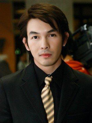 泰国男明星十大帅哥大全排行榜