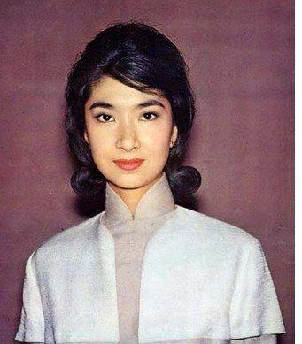 香港70年代最红的女明星_发型设计图片