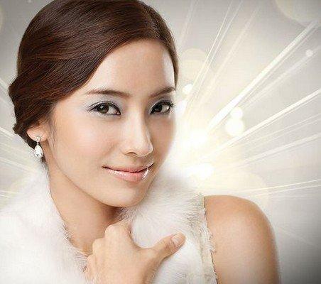 女明星图片  李英爱是韩国的童星