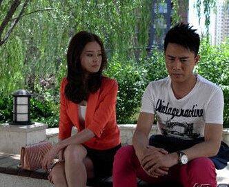 杜淳另外一段感情就是和著名的模特杨璐了,两个人当时十分的高调,甚至