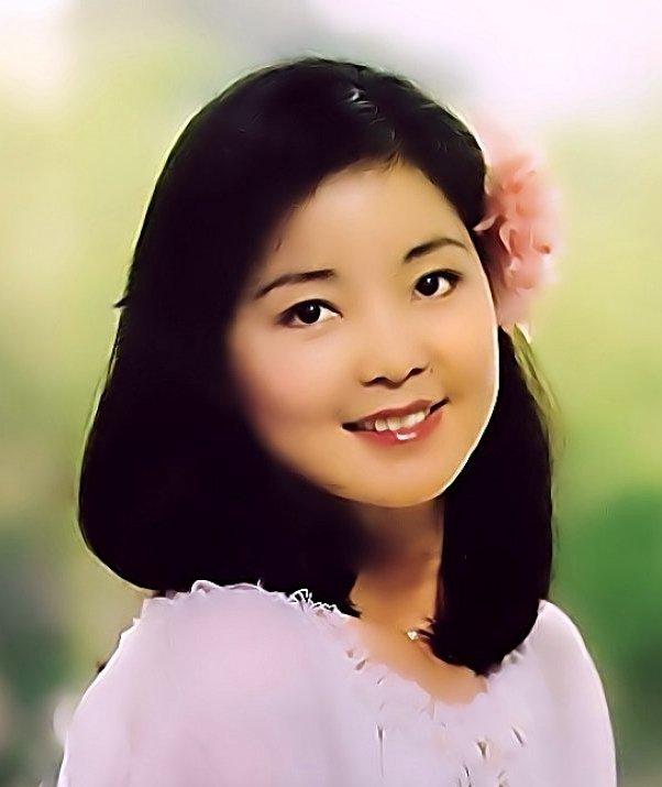 邓丽君去世了吗 邓丽君个人资料及图片和演唱的歌曲