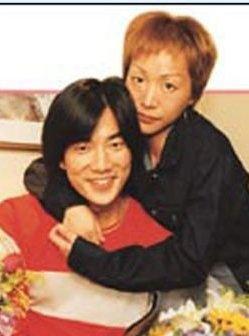 任贤齐老婆tina图片 任贤齐与老婆结婚照分享