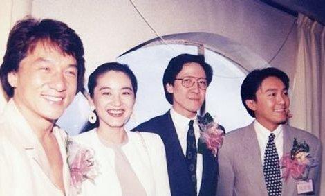 向华胜与老婆端木樱子直到现在还很幸福,这样就证明了向华胜的老婆图片