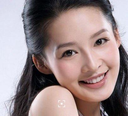 李沁的男朋友是李易峰吗图片