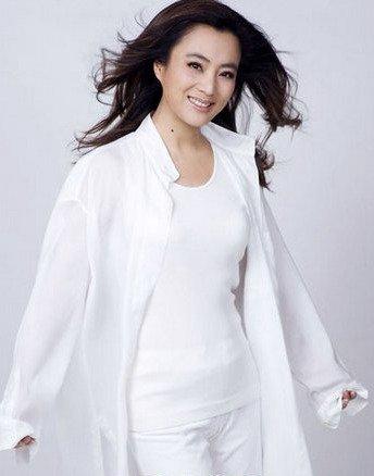 60后出生的流行音乐歌手李玲玉,是歌手也是演员,出演的影视剧作品有