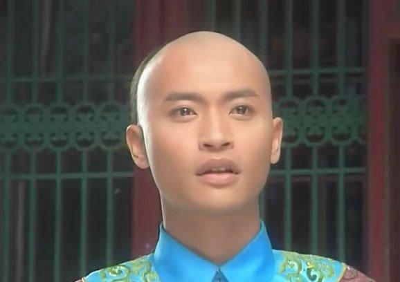 还珠格格 福尔泰的饰演者是谁 福尔泰饰演者陈志朋个人资料及