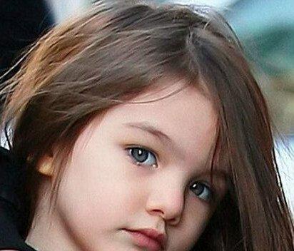 可爱的娃娃脸,甚是惹人喜爱.