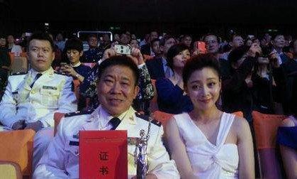 杜旭东的老婆是谁 杜旭东老婆刘玉凤个人资料及图片分享