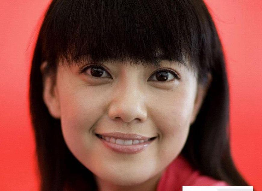 高圆圆素颜写真 显老泫雅清纯(9)